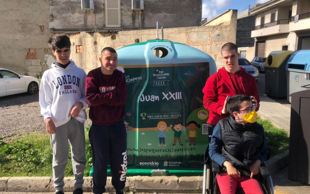 El CE JOAN XXIII Participa a la campanya Los peque recicladores, aprèn a reciclar vidre a l'escola